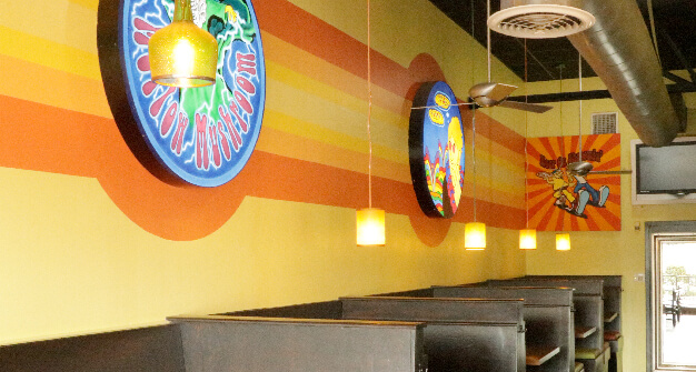 Mellow Mushroom Medlock Bridge main dining booths