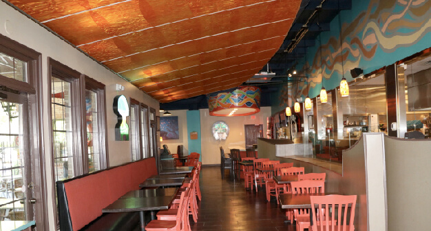 Mellow Mushroom Peachtree City main dining tables