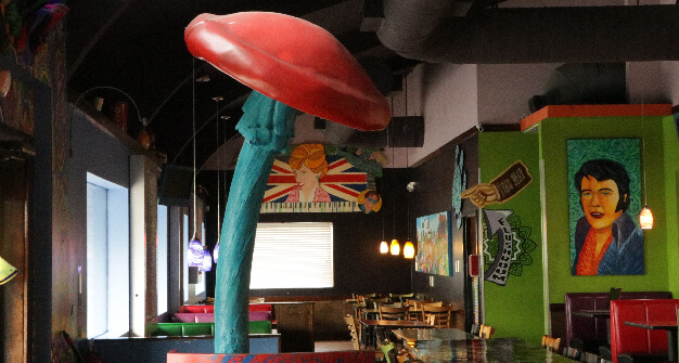 Mellow-Mushroom-Sandy-Springs-host-stand