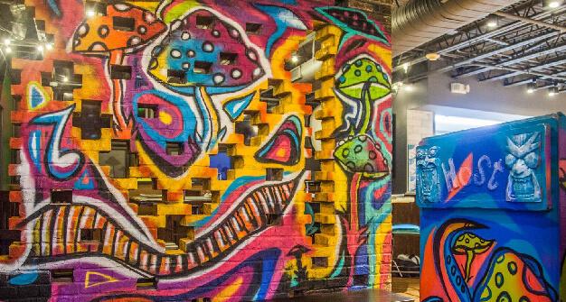 Mellow Mushroom Vinings mural