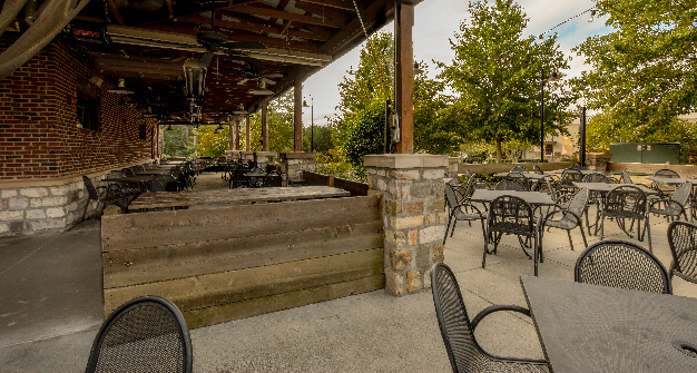 Mellow Mushroom Wake Forest patio dining