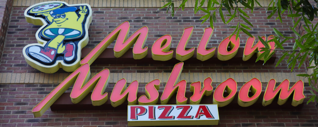 store-info-headline-Mellow-Mushroom-Kennesaw-Exterior-Signage