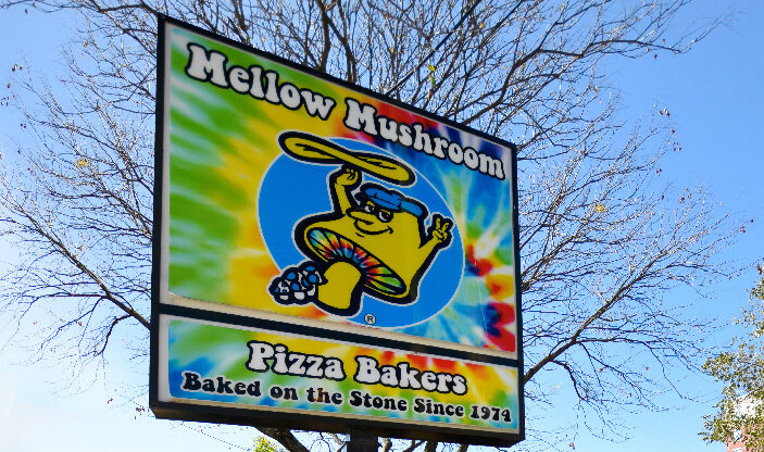 store information Mellow Mushroom Raleigh signage
