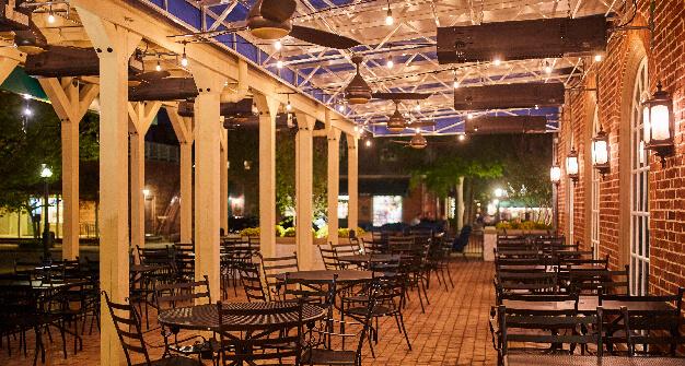 Mellow Mushroom Willaimsburg pation exterior night lighting