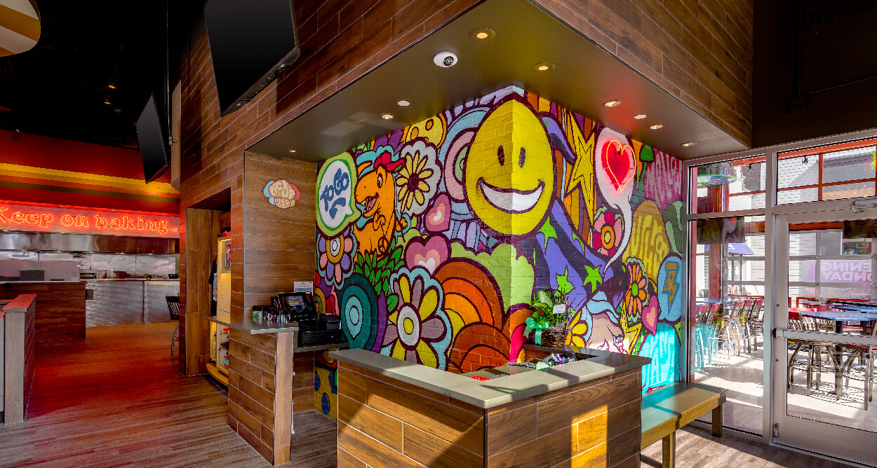 Mellow Mushroom Branson - host stand to go pickup station